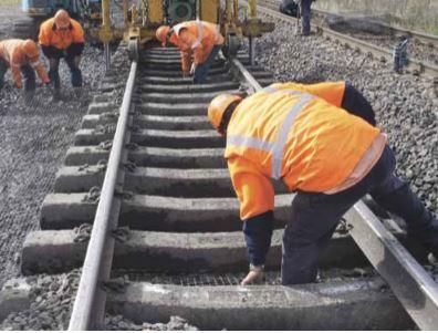 Rail worker 03